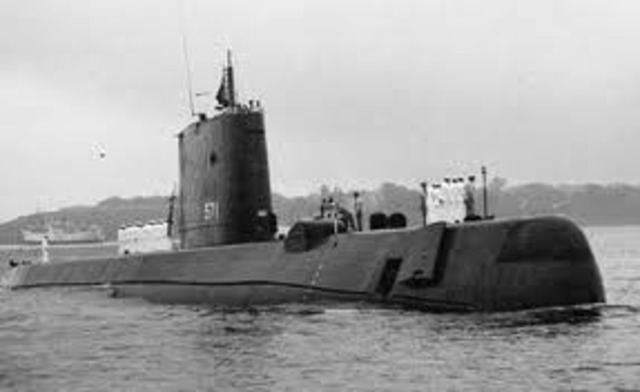 U.S. makes and luanched first Nuclear submarine