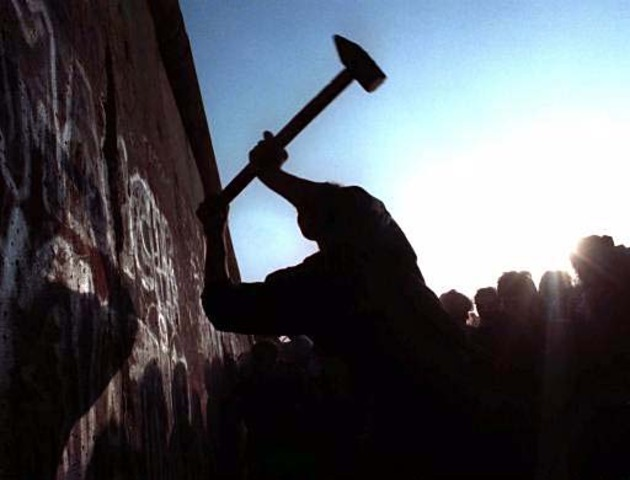 Collapse of Berlin Wall
