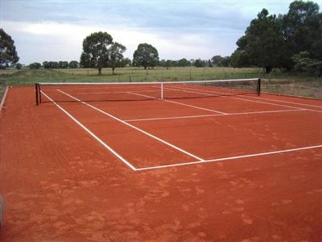 Invention of Clay Court