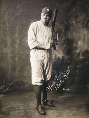 Babe Ruth Lead League In Runs
