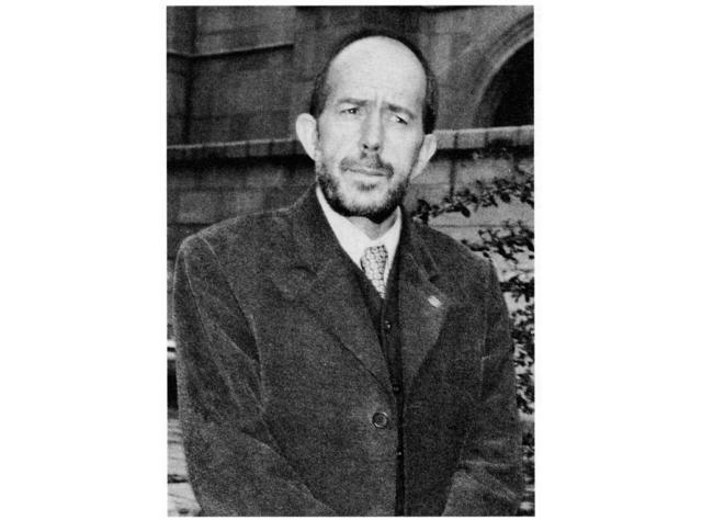 Josemari Velez de Mendizabal (1949 -) (Jaio)