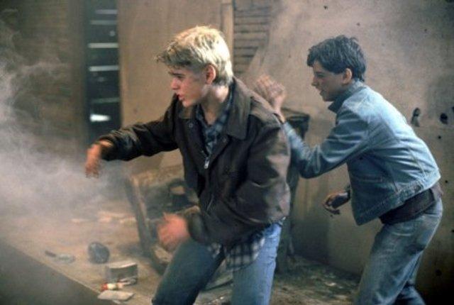 Ponyboy and Johnny Save The Kids