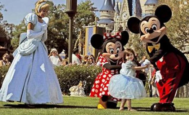 Je suis allée à Disney World.