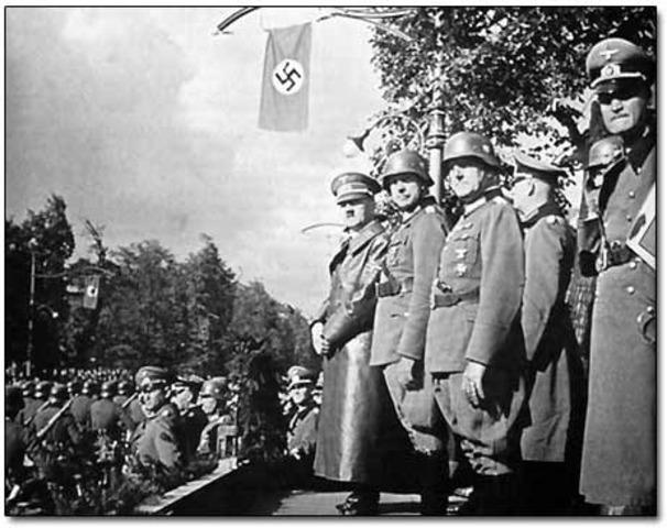 German troops go into Paris