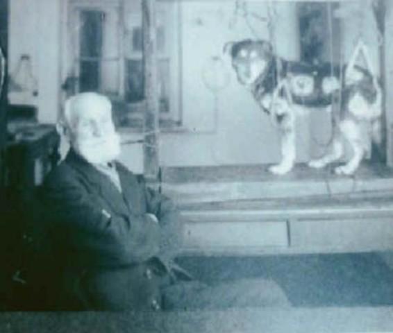 Pavlov Wins Nobel Prize