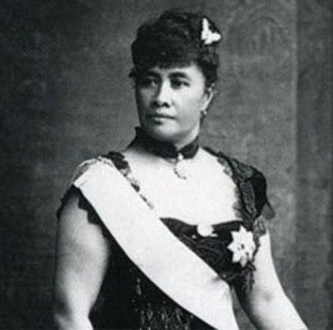 Queen Liliuokalani becomes queen