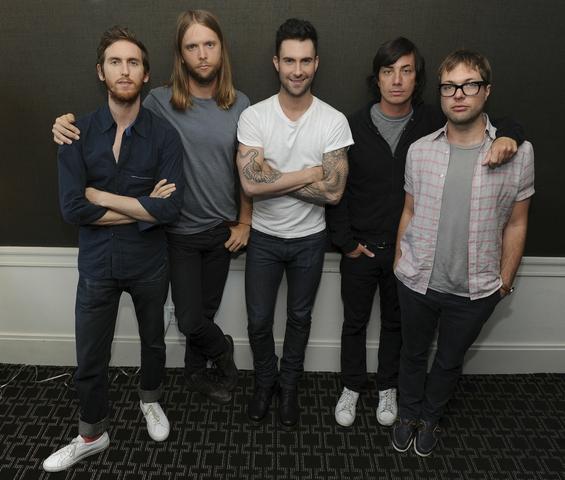 Maroon 5 is formed