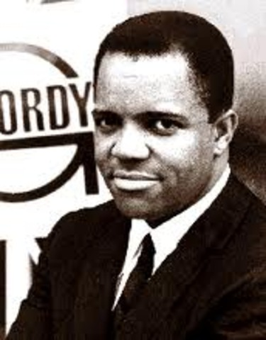 he was interduced to barry gordy