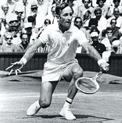 Rod laver wins a mens tennis final.