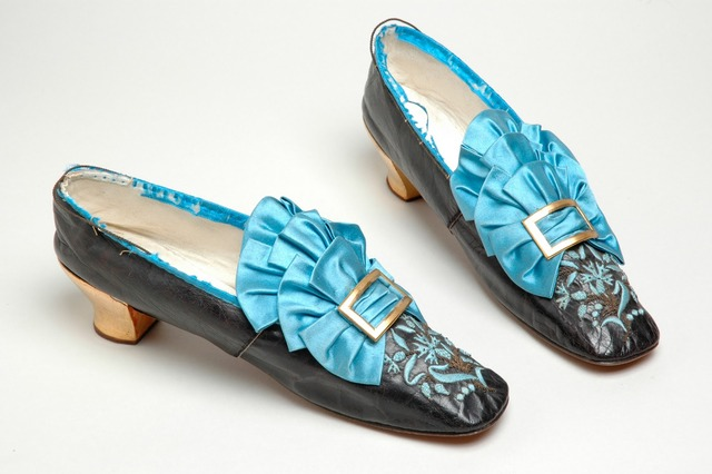 olden day blue shoes