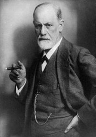 Sigmund Freud visits the US