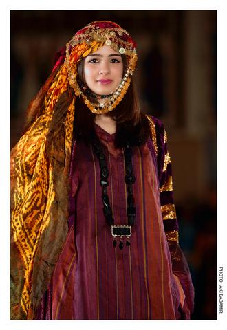 Ethnic fashions begins to spread.