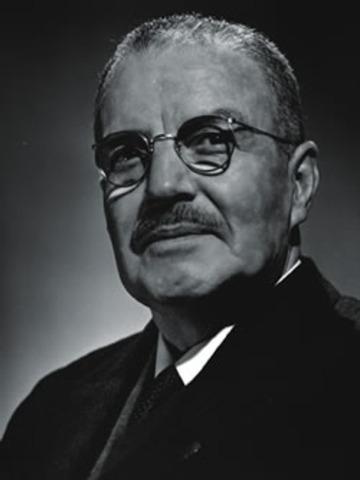 El gobierno del presidente Carlos Ibáñez del Campo creó el Departamento de Inmigración