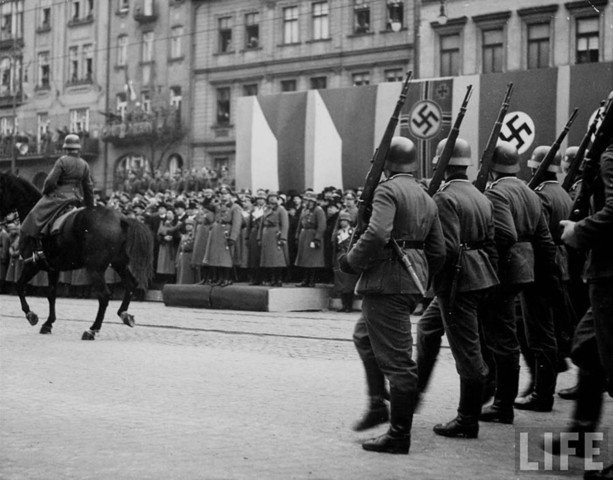 German army moves into the rest of Czechoslovakia.