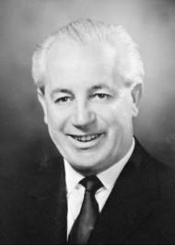 Australian prime minister Harold Holt drowns