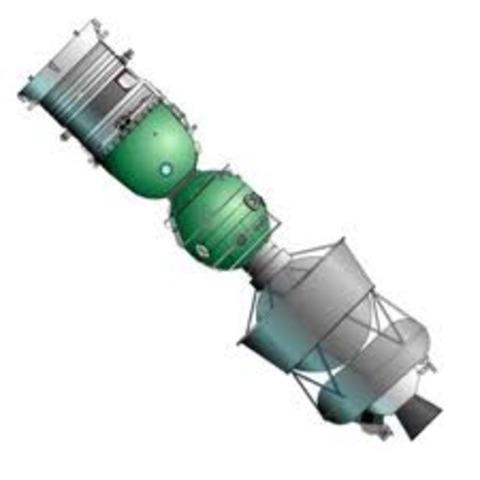 Soyuz TM-204