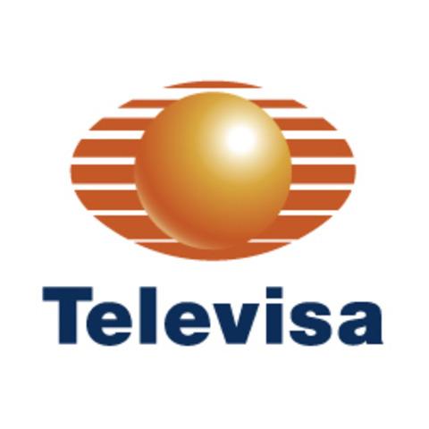 A mediados de los 80's, Canal 11 y 13 son vendidos a Angel González.