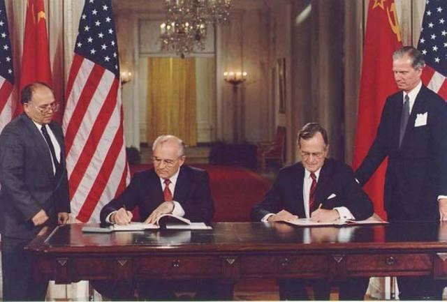 Gorbachev ends economic support to the Soviet satellites