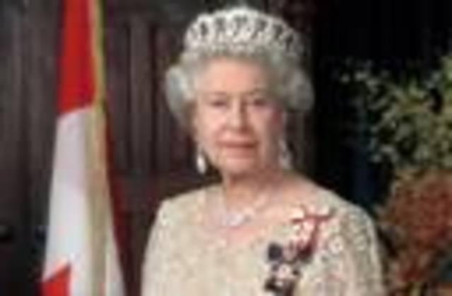 Queen Elizabeth sends her first email