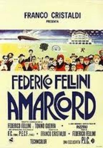 Amarcord ha vinto l'Oscar per il miglior film straniero.