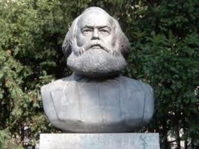 Marx muere...
