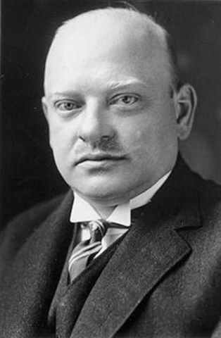 Gustav Stresemann becomes the German Foreign Minister