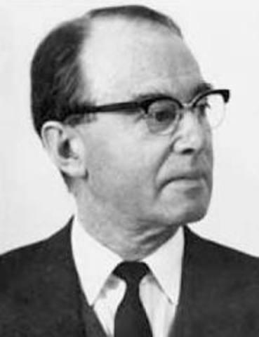 Tiselius receives Nobel Prize for Chemistry