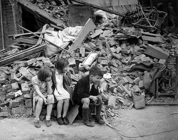 Massive German air raid on London.