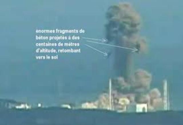 Première explosion dans la centrale