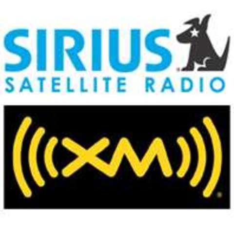 Sirius XM satellite radio service begins to broadcast