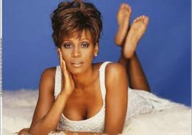"Whitney presenta un nuevo disco llamado ""Just Whitney"""