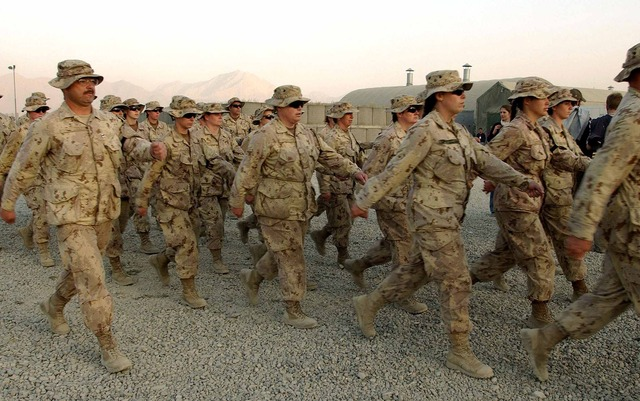 Canadian troops deployed to Kabul