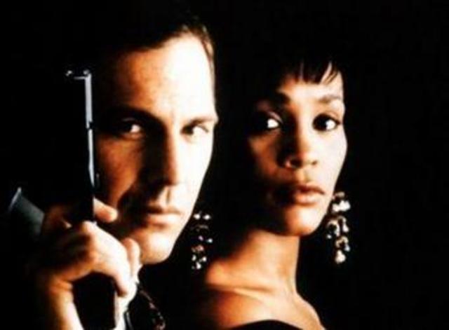 """Whitney Houston protagonizó, junto con Kevin Costner """"El Guardaespaldas"""""""