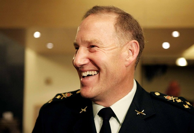 Natynczyk becomes Chief of Defence Staff