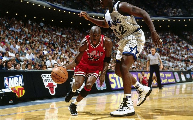 Micheal Jordan and the Bulls lose the championship against the Orlando Magic.