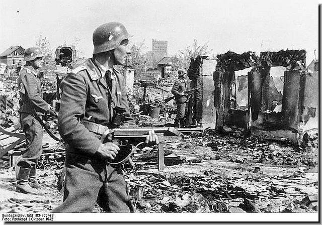 Battle of Stalingrad begins.