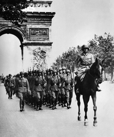 Germans and Italians invade unoccupied Vichy France.