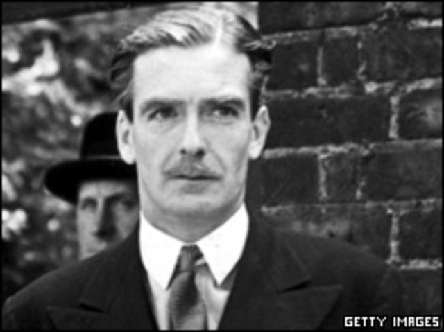 British Foreign Secretary Eden tells the British House of Commons of mass executions of Jews by Nazis; U.S. declares those crimes will be avenged.