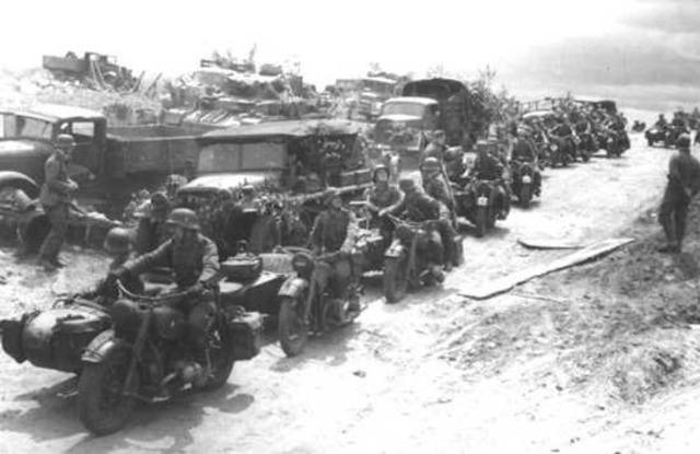 Germans evacuate Sicily.
