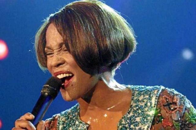 El cuerpo de Whitney Houston será entregado a su familia