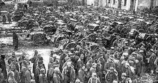 Germany counterattacked the Russians at Tannenberg, four day battle.