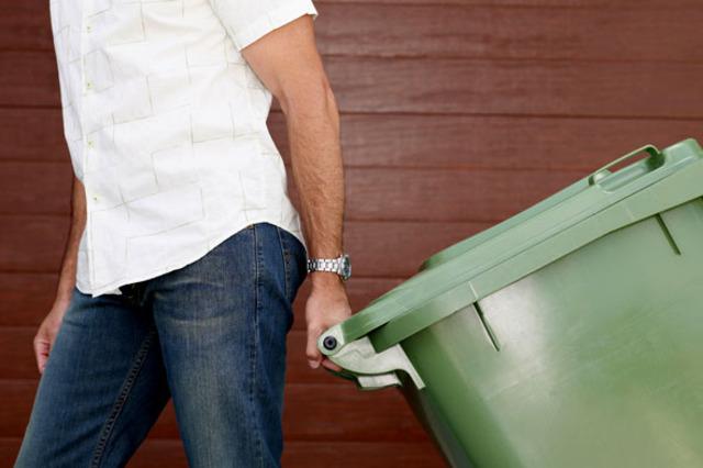 "Bobbitt publishes ""The Elimination of Waste in Education"""