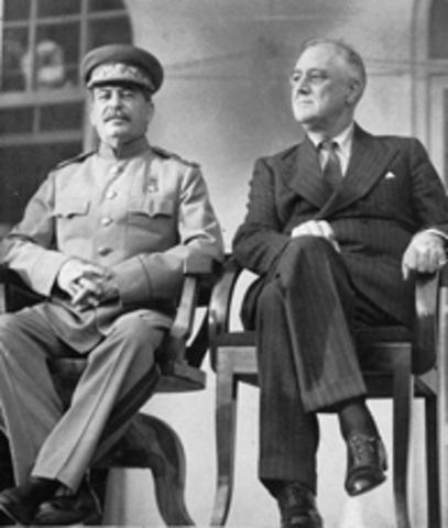 US recognizes Soviet Union