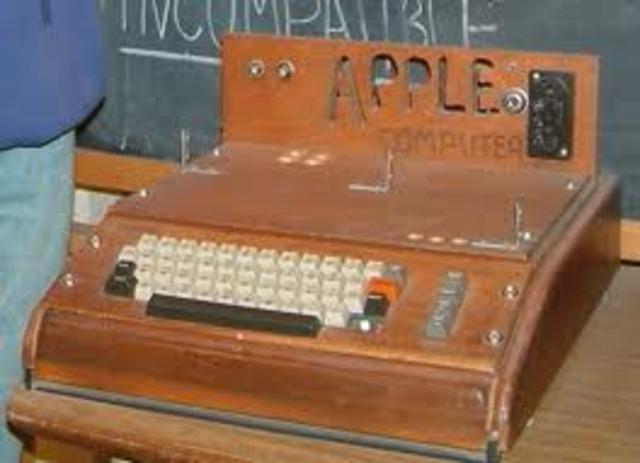Apple I, uno de los primeros ordenadores personales.