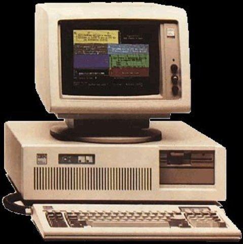 IBM introduce su primera PC