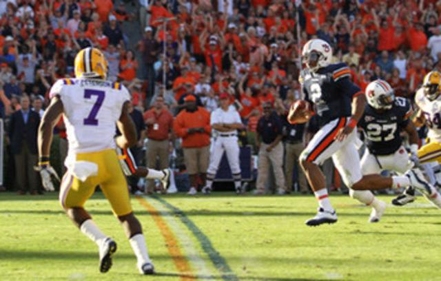 #5 Auburn defeates #6 LSU 24-17
