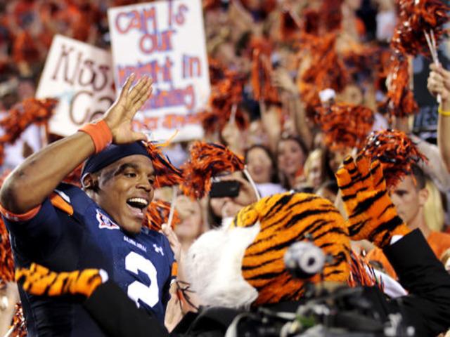 #3 Auburn defeates FCS homecoming week 62-24