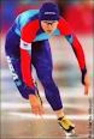 Wisconsin Speed Skater Wins Gold