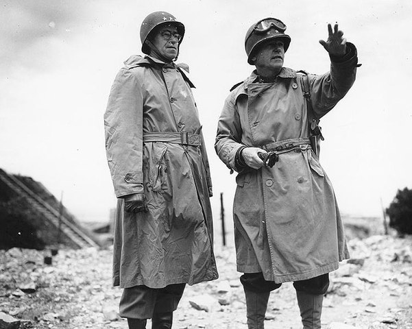U.S. troops encircle Germans in the Ruhr; Allied offensive in northern Italy.