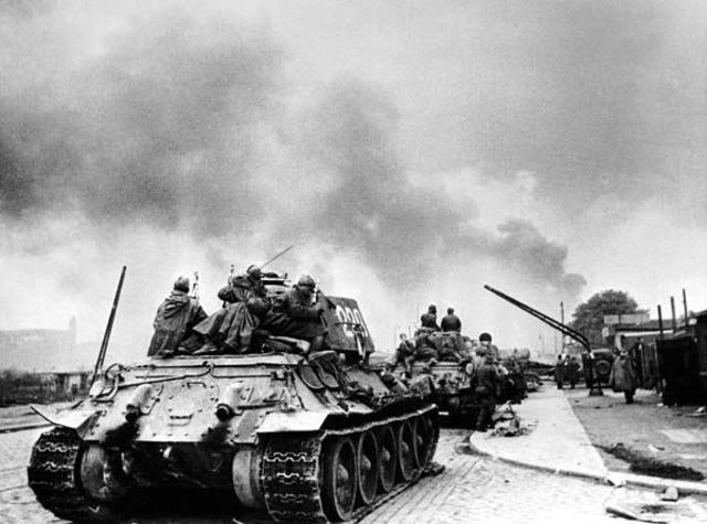 Soviet troops begin their final attack on Berlin; Americans enter Nuremberg.